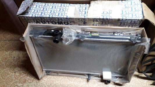 Лексус RX300 с 2001 г. радиатор охлаждения новый